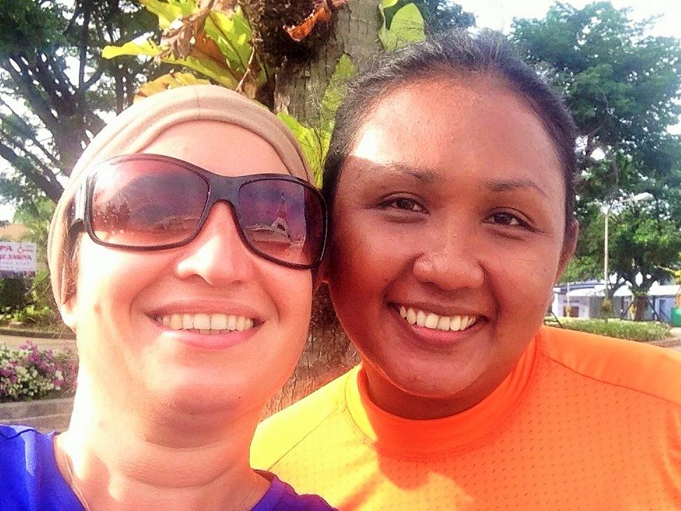 Phuket bölgesinde belediye başkanı, Craig'in eşi ve bizim arkadaşımız Nanthida